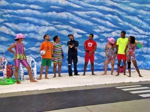 Um Dia de Circo na Praia - Uma Aventura Inusitada (1)